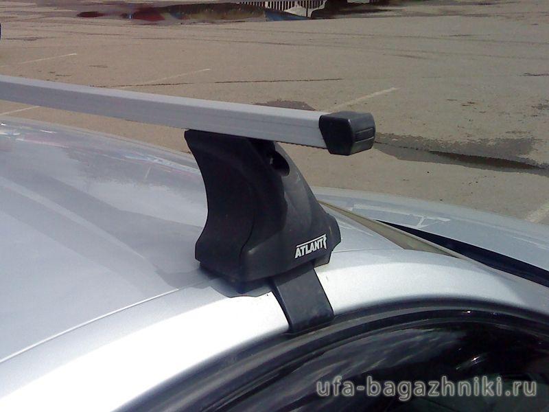 Багажник на крышу Nissan Teana, Атлант, прямоугольные дуги, опора Е