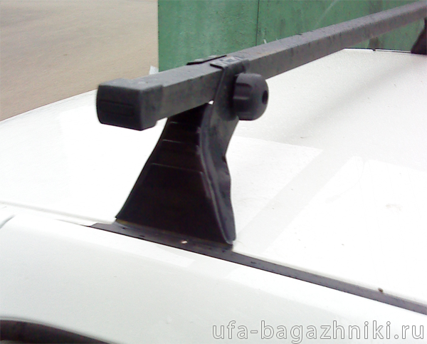 Багажник на крышу на Renault Logan (Атлант, Россия), стальные дуги